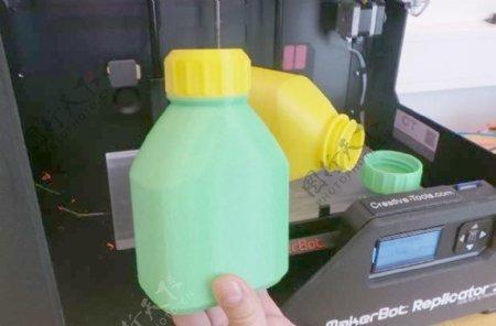 3D打印瓶和螺帽