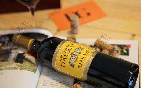 杜扎克干红葡萄酒图片