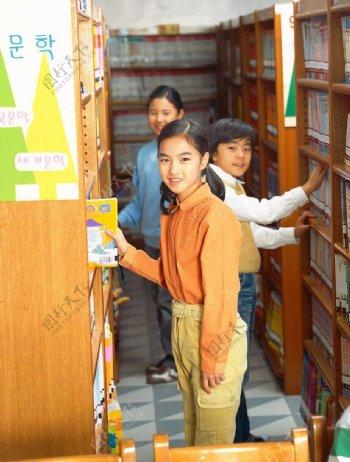 小学生图片