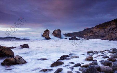 大海边鹅卵石