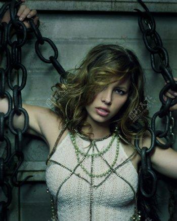 外国女明星与铁链图片