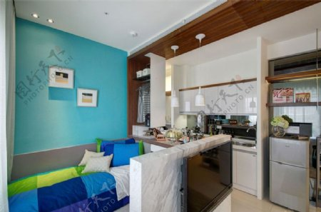 现代青春时尚卧室蓝色背景墙室内装修效果图