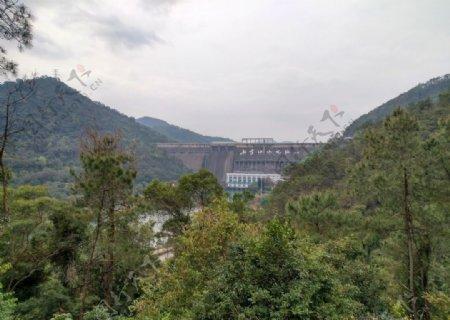 河源笔架山见新丰江水电站