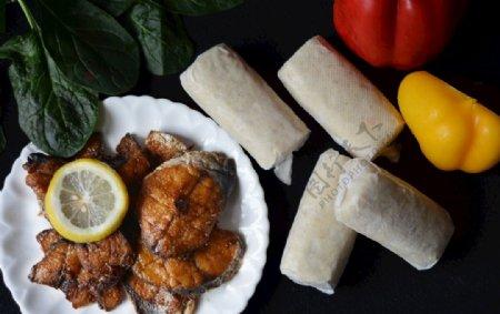 鱼饼和熏鱼