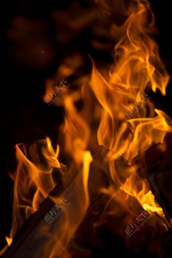 熊熊燃烧的大火焰素材