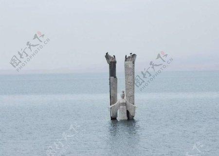 青海湖西王母塑像图片