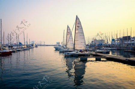 海边帆船旅游旅行背景海报素材图片