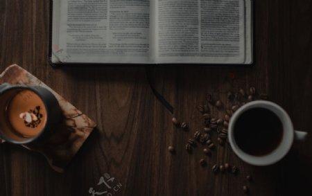 阅读咖啡蜡烛图片