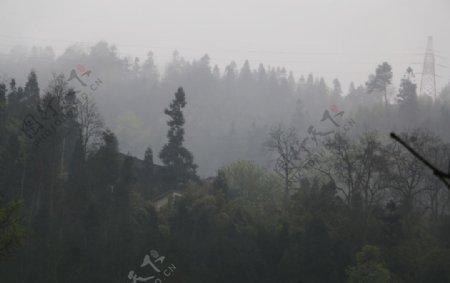 山间风景春天图片