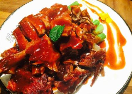 广式芦笋焗酱鸭图片