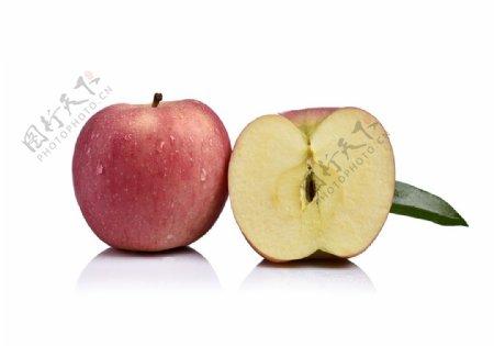 白底苹果摄影图片