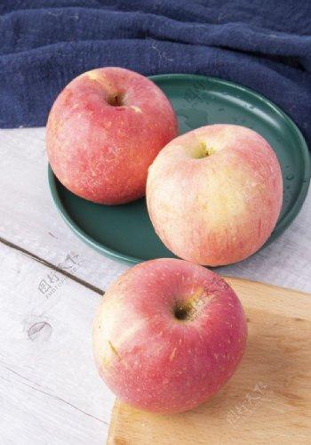 新鲜苹果图片