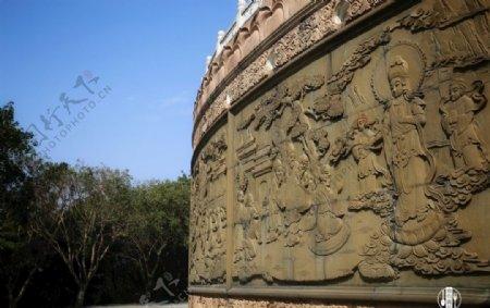 观世音菩萨浮雕像图片