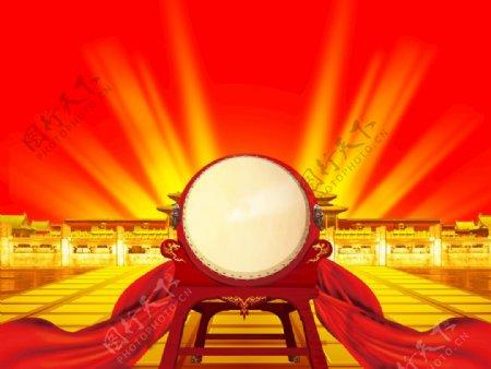 红光照耀鼓红绸金色宫殿图片
