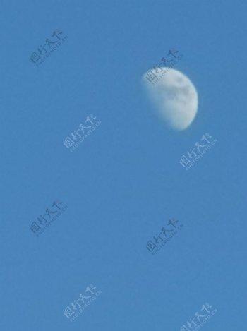 蓝色的月光图片